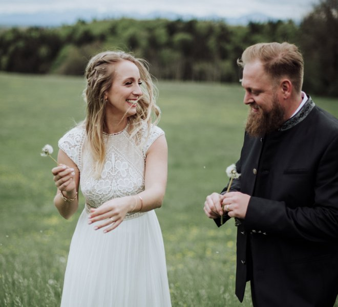 30Hochzeitsfotografie-Salzburg-Brautpaar Shooting-Natur-freie Trauung