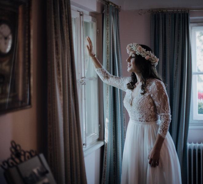 Hochzeitsfotograf-Salzburg-Schlosswirt Anif-Vorbereitung Braut-getting ready-momente Einfangen