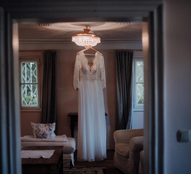 Hochzeitsfotograf-Salzburg-Schlosswirt Anif-Vorbereitung Braut-getting ready