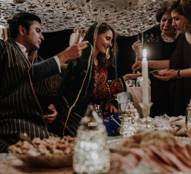 Hochzeitsfotograf-Salzburgkammergut-Location-Berge-Gmundner Berghaus-afgan ceremony5