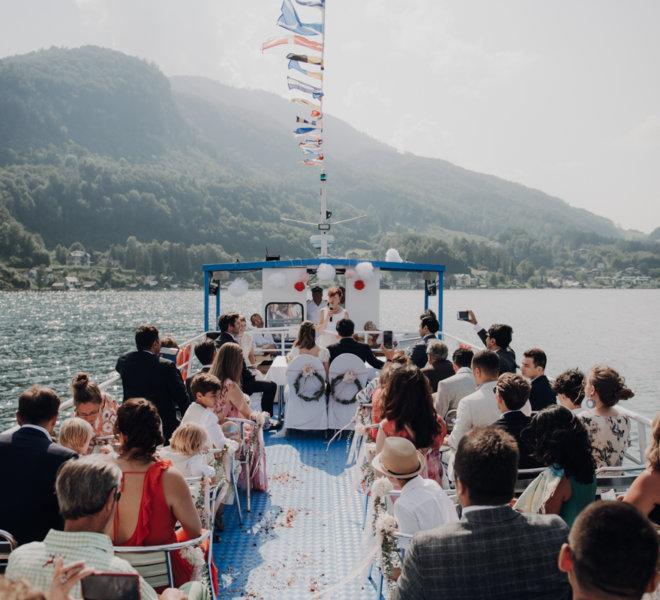Hochzeitsfotografie-Salzburg-freie Trauung Boot-traunsee-liberty-see hochzeit
