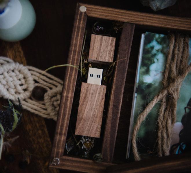 Hochzeitsfotografin-Holzbox-Print-Ausdrucken-USB-Stick 16GB-Salzburg_CZI5913